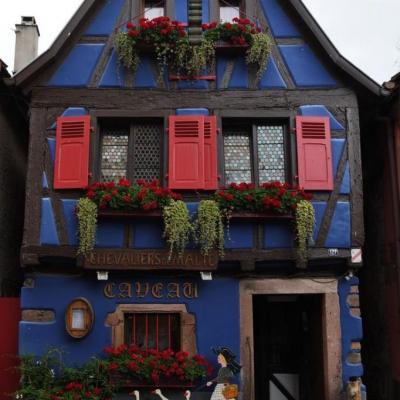 C'est une maison bleue ... (Copier)